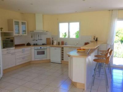 villa contemporaine avec cuisine ouverte proche bordeaux