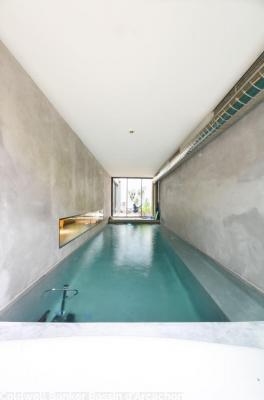 Vente Maison / Villa BORDEAUX CHARTRONS Maison d'architecte avec piscine intérieure chauffée