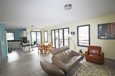 Appartement T4 récent au dernier étage d'une petite résidence du centre ville d'Arcachon au calme