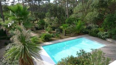 Villa à vendre au Cap Ferret - Les Vallons du Ferret - avec une piscine chauffée
