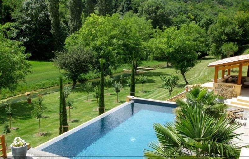 grande propriété avec piscine à débordement à vendre Périgord