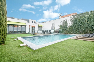 Villa d'architecte à vendre à BORDEAUX St Augustin avec 5 chambres et une piscine