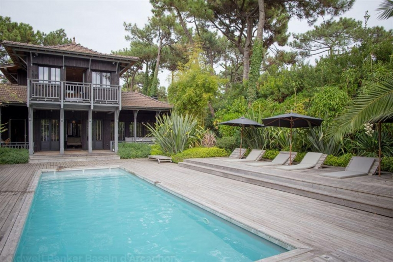 Cap Ferret luxueuse villa d'architecte en bois à vendre