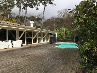 CAP FERRET - LE CANON - PIRAILLAN - belle villa de plain-pied et rénovée à vendre avec piscine