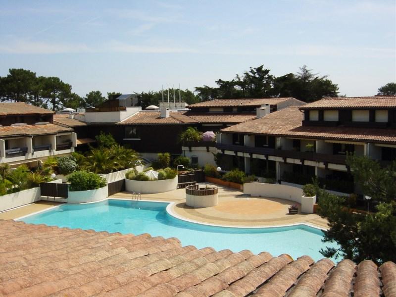 A louer appartement pour 4 personnes centre cap-ferret avec piscine