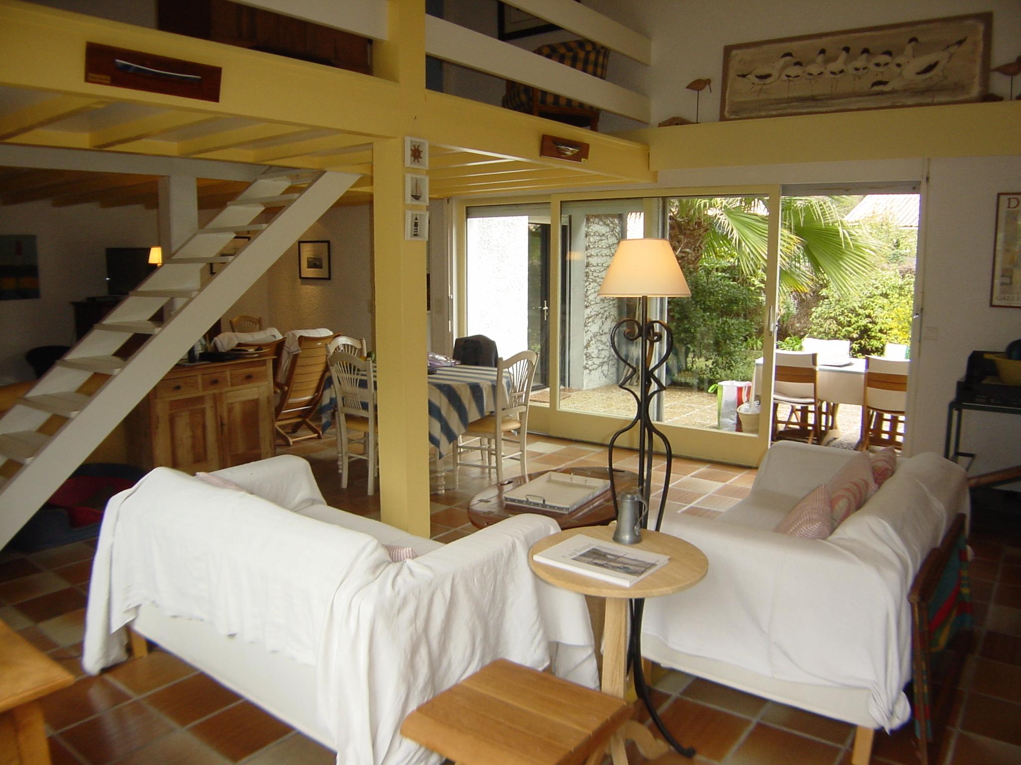 Villa à louer 6 personnes au calme proche du Cap-Ferret