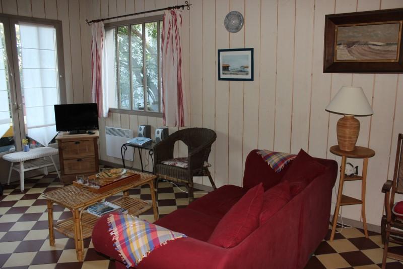 Location villa CAP-FERRET QUARTIER OSTREICOLE  1 chambre - 4 personnes style cabane de pêcheurs