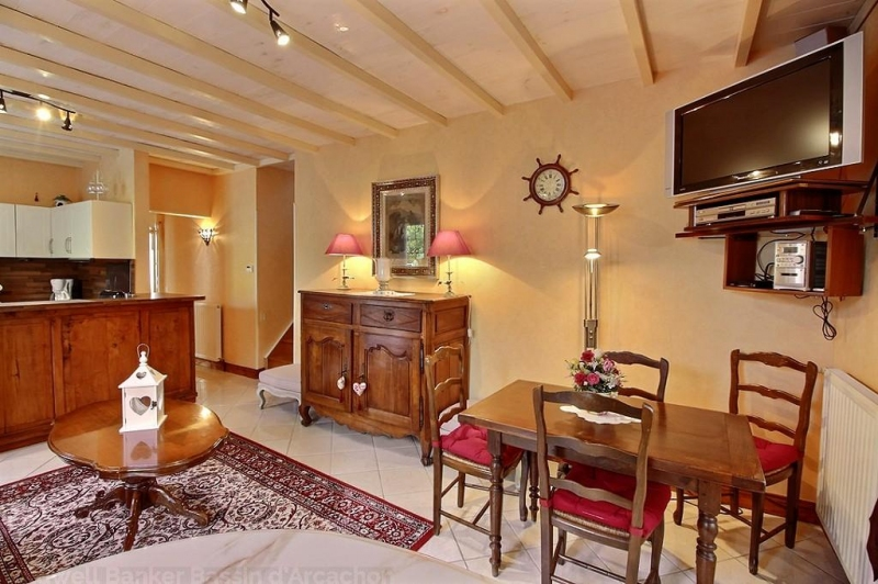 Location villa 2 chambres - 4 personnes - beaucoup de charme avec piscine CAP-FERRET