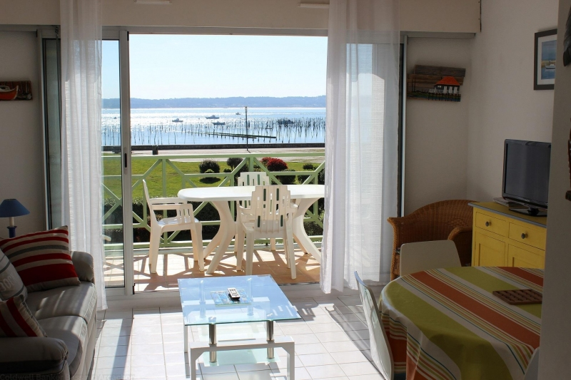 Location de vacances appartement centre cap-ferret vue mer