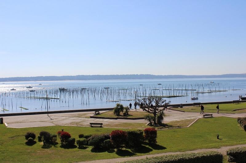 A louer appartement centre cap-ferret splendide vue sur le Bassin d'Aracachon