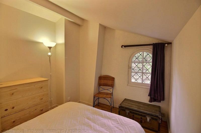 Location villa 4 chambres - 8 personnes - entièrement rénovée - en position dominante CAP-FERRET PIRAILLAN