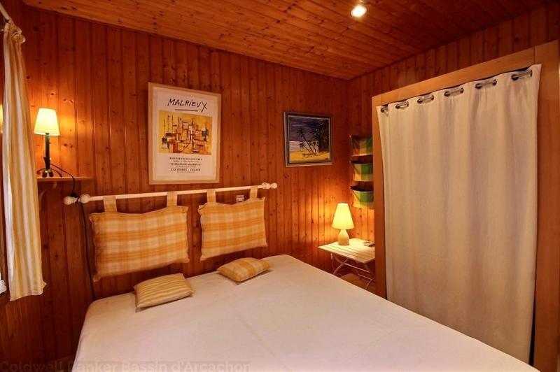 Location villa 4 chambres - 6 personnes - au calme et proche du Bassin et des commerces CAP-FERRET GRAND-PIQUEY