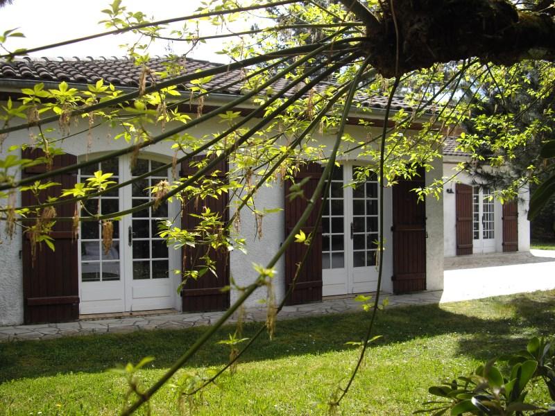 Agréable villa rénovée à louer pour 8 personnes proche cap-ferret