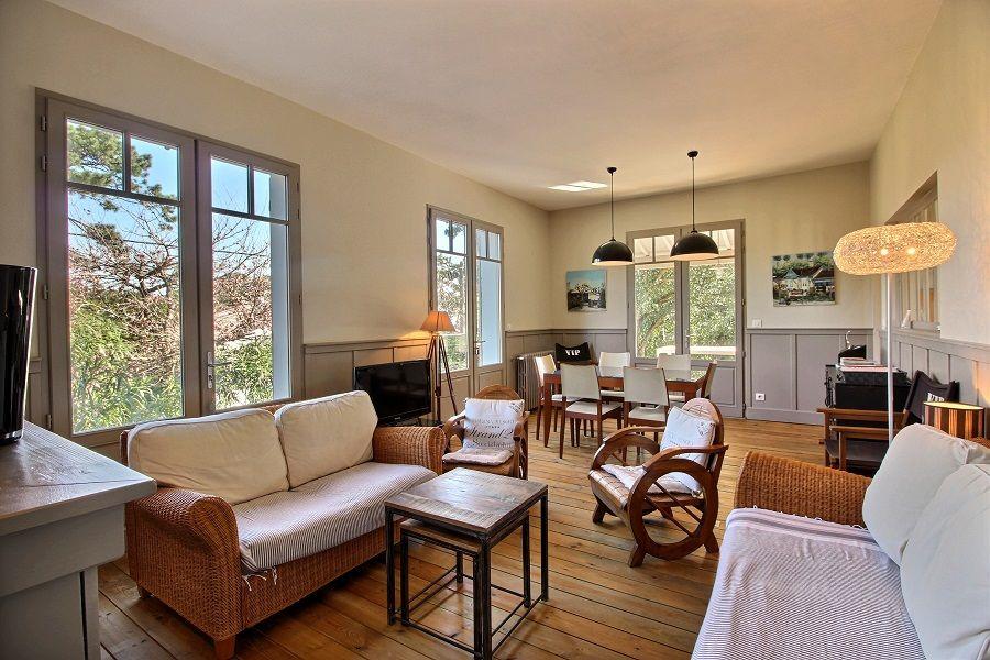 Location villa 4 chambres - 8 personnes - sur les hauteurs du CANON