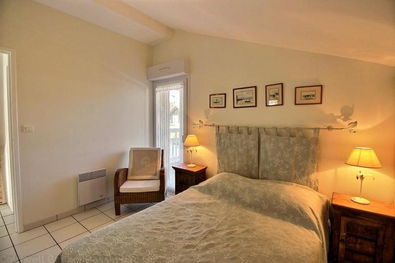 Location villa 3 chambres - 6 personnes - proche plages et commerces CAP-FERRET CENTRE