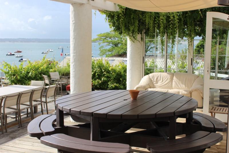 Location villa LA VIGNE   4 chambres - 8 personnes - avec splendide vue sur le bassin et accès direct plage