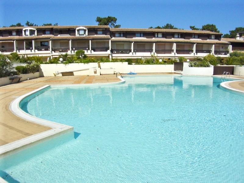 Location appartement CAP-FERRET 1 chambre - 4 personnes - dans résidence avec piscine - proche toutes commodités