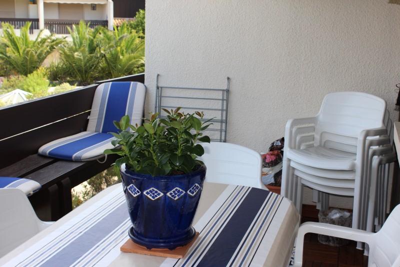 A louer cet été au cap-ferret appartement dans résidence avec piscine