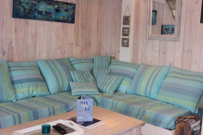 Location appartement CAP-FERRET CENTRE 2 chambres - 5 personnes - entièrement rénové dans résidence avec piscine