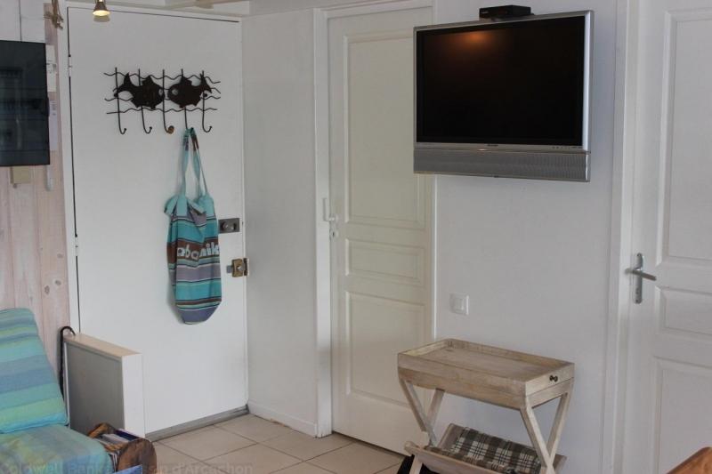 Location appartement 2 chambres - 5 personnes - entièrement rénové dans résidence avec piscine CAP-FERRET CENTRE