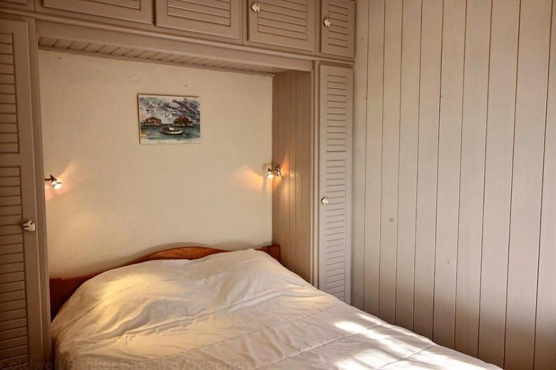 Location appartement CAP-FERRET 1 chambre - 4 personnes - avec grande terrasse dans résidence avec piscine