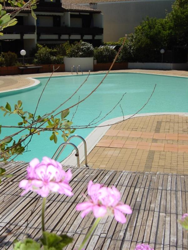 Location de vacances sur le cap-ferret dans résidence avec piscine