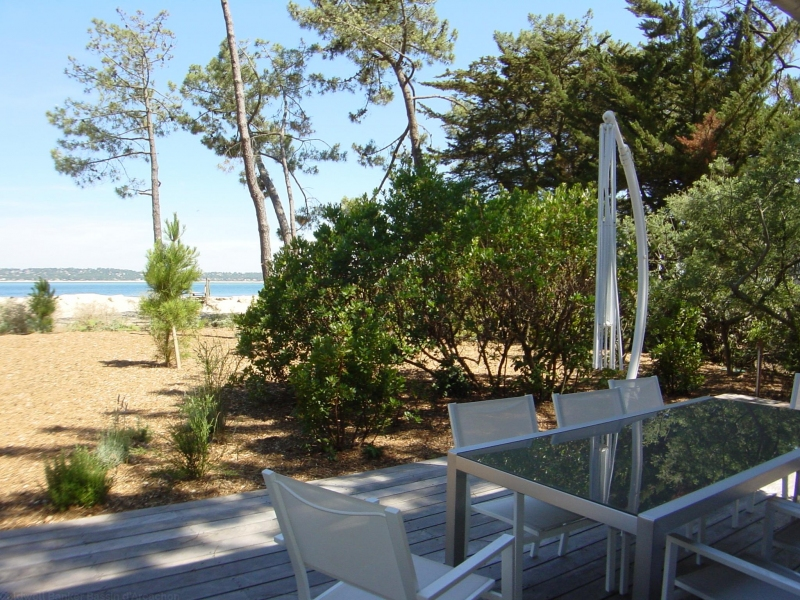 Villa avec jacuzzi et vue sur le Bassin d'Arcachon et la dune du Pyla