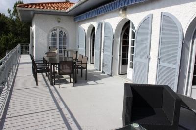 Location villa 6 chambres - 12 personnes - avec piscine et vue bassin PYLA SUR MER SUPER PYLA