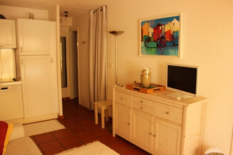 Location appartement CAP-FERRET CENTRE 1 chambre - 4 personnes - plain pied - avec terrasse dans résidence avec piscine
