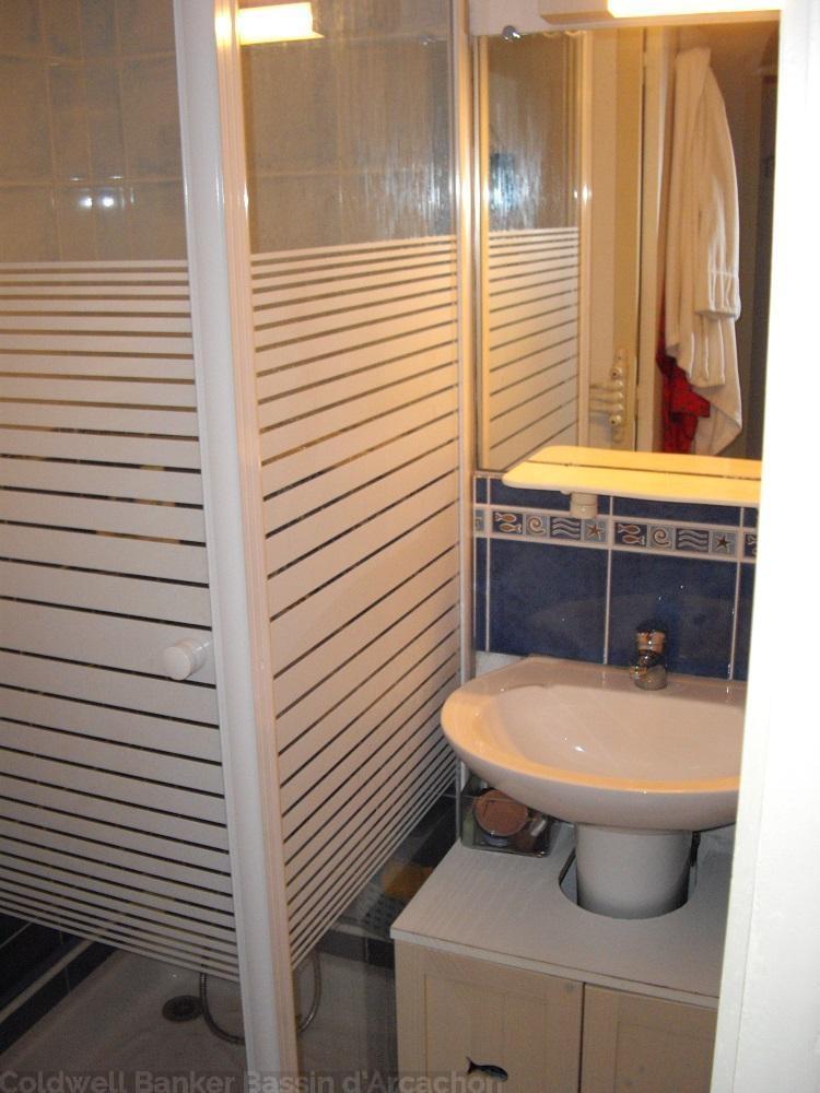 Appartement à louer pour 4 personnes dans résidence centre cap-ferret et piscine