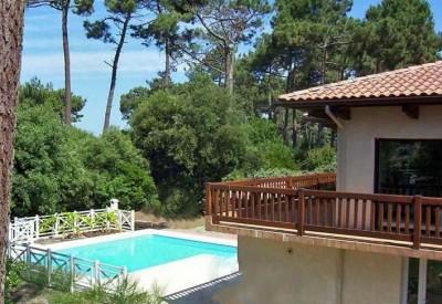 Villa à louer à Pyla sur mer avec piscine