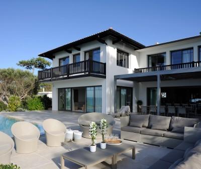 Villa d'exception à louer en 1ère ligne Pyla sur Mer