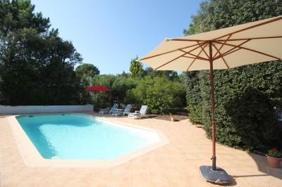 location maison familiale 4 chambres 8 couchages piscine plage calme
