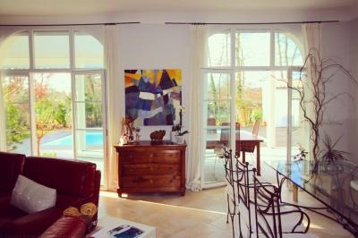 Achat maison familiale 4 chambres avec piscine chauffée 20 minutes de Bordeaux saint aubin de medoc