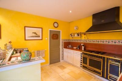 Villa à vendre avec une belle cuisine à Bordeaux Caudéran