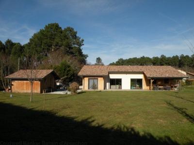 Villa recente ossature bois à vendre proche BORDEAUX à Salles avec 4 chambres sur un grand terrain