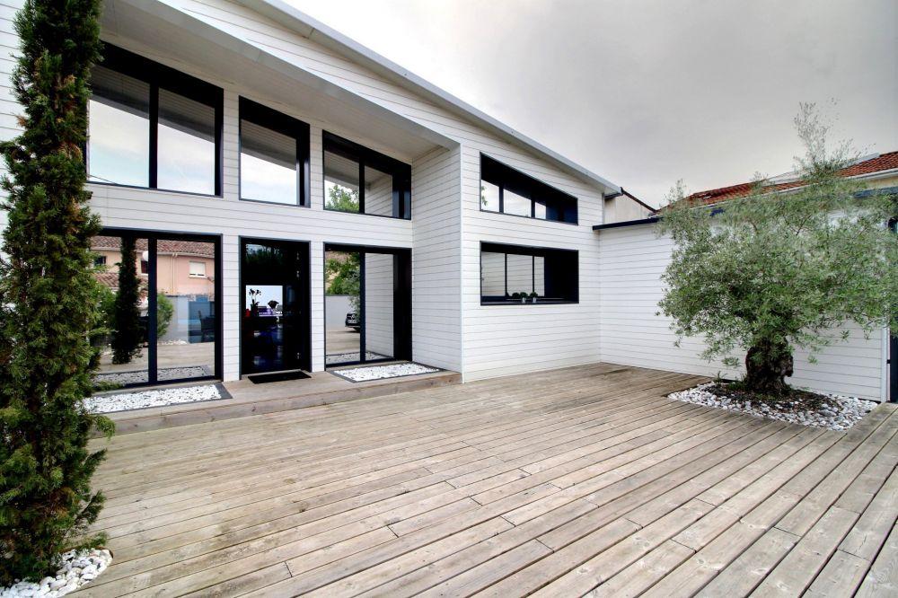 superbe maison moderne et contemporaine a vendre bordeaux. Black Bedroom Furniture Sets. Home Design Ideas