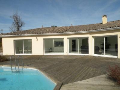 Villa récente à vendre sur une grande prorpriété à 30 mn de Bordeaux
