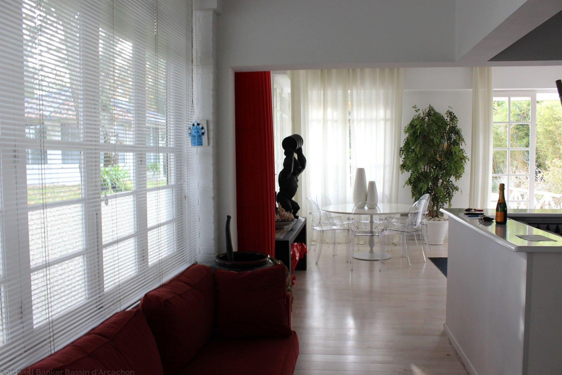 Villa lumineuse à vendre Pyla sur mer La Corniche sur 2700m2 de terrain