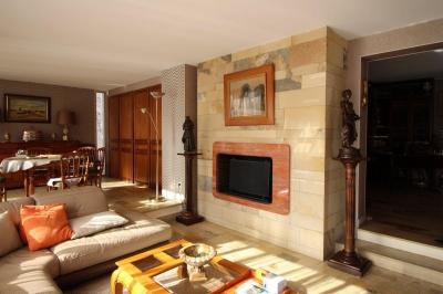 Vaste séjour lumineux maison arcachonnaise historique