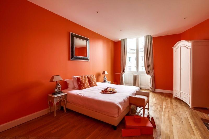 recherche appartement dans l'ancien 4 chambres à la vente centre Bordeaux