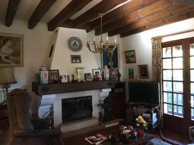 Vente Maison / Villa LEGE CAP FERRET PIRAILLAN Villa des années 80 avec piscine - 5 chambres - grand terrain - aperçu bassin