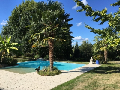 Acheter une grande villa récente avec piscine et vue Dordogne à Bergerac