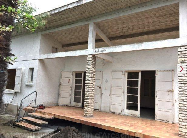Villa à rénover à la teste de buch en centre ville proche tous commerces