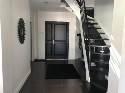 Vente maison contemporaine avec piscine 4 chambres avec garage proche bordeaux mérignac