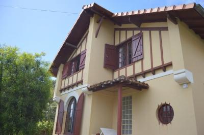 villa basque au coeur du cap ferret dans le quartier bélisaire à vendre