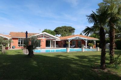 Vente Maison / Villa PROCHE BORDEAUX Toulenne près de Langon de plain pied