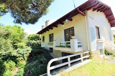 Villa de 1952 à vendre à Arcachon dans quartier recherché proche plage et commerces