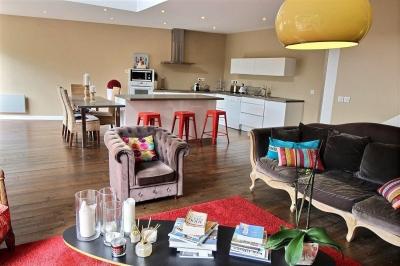 A vendre maison familiale moderne au centre de la teste de buch