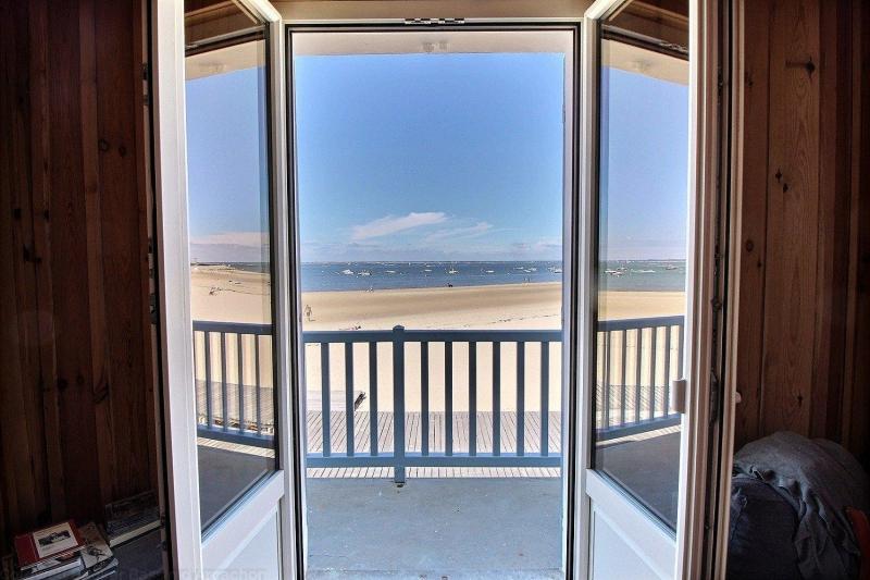 A vendre maison arcachonnaise avec vue mer et accès direct à la plage